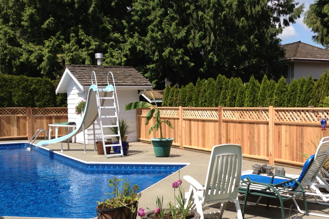 BEAUTIFUL CEDAR FENCING TO ENCLOSE YOUR POOL PARADISE